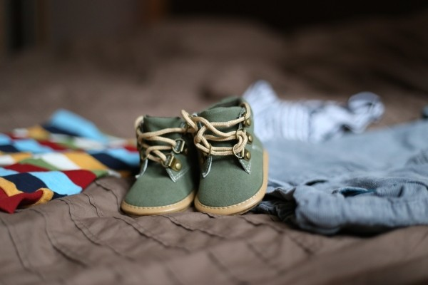 shoes-pregnancy-child-clothing-family-darling