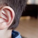 「耳が痛い!」子供の急な耳痛の原因と対処法とは?長男の経験からまとめました。