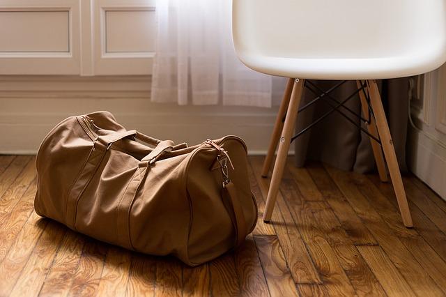 luggage-1081872_640