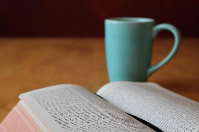 bible-896222_640